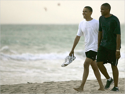 Obama-with-Reggie-Love.jpg
