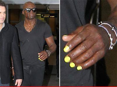 SEAL with painted nails
