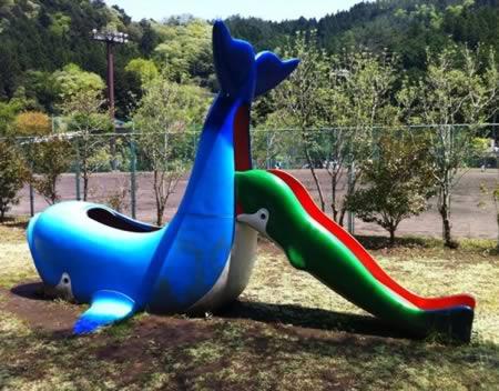 Playground 2 - Naughty Whale