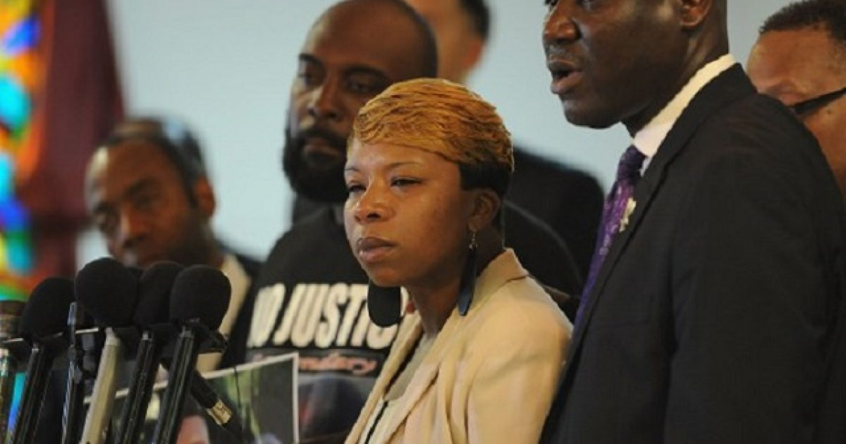 Michael Brown's family gets settlement #KevinJackson